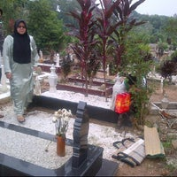Photo taken at Ulu Klang Cemetary by Mohd Afzal M. on 9/11/2011