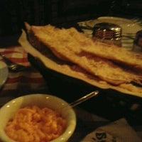 Foto tirada no(a) Mamma's Pizza por Leonardo B. em 5/13/2012