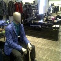 Photo prise au BOSS Store par Руслан D. le7/29/2012