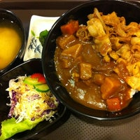 Photo taken at HungryBoy Japanese Donburi House by Victor L. on 3/24/2012