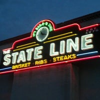 Photo taken at The State Line Bar-B-Q by Outlaw Gilly on 8/19/2012