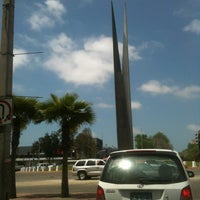 Photo taken at Glorieta Del Monumento a la Independencia (Las Tijeras) by Fernando M C. on 4/27/2012