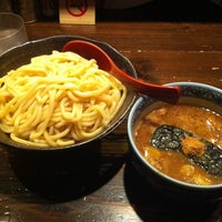 Photo taken at 三田製麺所 恵比寿南店 by itochu on 9/9/2011