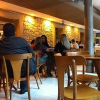 Foto tirada no(a) Kampalla Café por Erick d. em 6/14/2012