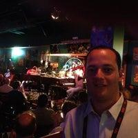 Photo prise au Pete's Dueling Piano Bar par Guilherme d. le4/26/2012