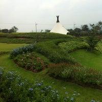 Photo taken at PB Valley Khao Yai Winery by Auu P. on 4/11/2011