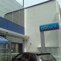 Photo taken at Citibank by Marcelo A. on 9/8/2011