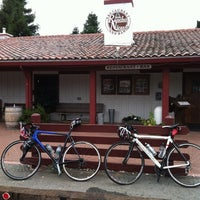 Photo taken at Rancho Nicasio Restaurant by Reeve T. on 8/21/2011