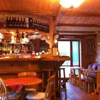 Photo taken at Cactus Rege apres & ski bar by Igor B. on 7/12/2011