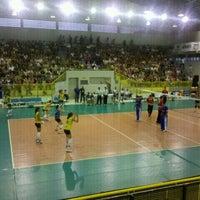 Photo taken at Ginásio Municipal Artenir Werner by Sandro Alencar F. on 1/13/2012
