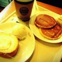 10/30/2011にmc777がTULLY'S COFFEE 五反田西店で撮った写真