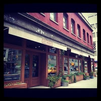 5/15/2012 tarihinde Caroline G.ziyaretçi tarafından City Winery'de çekilen fotoğraf
