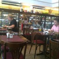 Foto tomada en La Esmeralda por Adriano R. el 1/18/2012