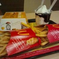 Photo taken at McDonald's & McCafé by Belle M. on 10/22/2011