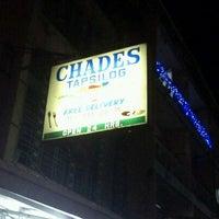 Foto tomada en Chades Tapsilog por Mhiks P. el 11/19/2011
