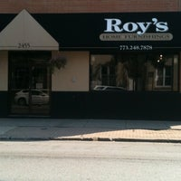 Foto diambil di Roy's Furniture oleh Roberto G. pada 9/1/2011
