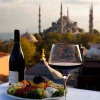 2/26/2012에 Kayhan P.님이 Şah Cafe & Bar에서 찍은 사진