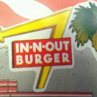 Photo taken at In-N-Out Burger by Hotel B. on 11/22/2011
