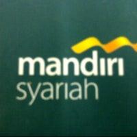 Das Foto wurde bei mandiri Syariah von D  80Y am 2/16/2012 aufgenommen