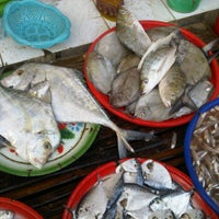 Photo taken at Pasar Ki Lemah Duwur by Okvin K. on 10/8/2011