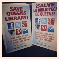Foto tomada en Queens Library at Broadway por Queens Library el 5/24/2012