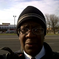 Photo taken at America's Best Contacts & Eyeglasses by Jp Missy H. on 3/17/2011