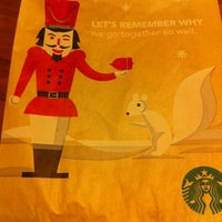 Photo taken at Starbucks by Leonardo S. on 1/7/2012