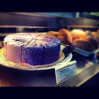 Photo taken at Starbucks Coffee by ㅎ Kim ㅎ on 6/18/2012