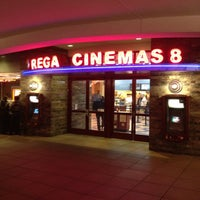 Photo taken at Regal Cinemas Atlas Park 8 by Pa P. on 1/19/2012