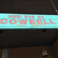 Das Foto wurde bei Cowbell von Caro C. am 8/31/2012 aufgenommen