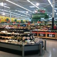 Photo taken at Walmart Supercenter by Alberto B. on 11/17/2011
