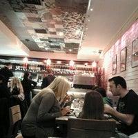 Снимок сделан в Carnaby Burger Co пользователем Stefano A. 12/30/2011