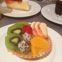 Photo taken at Buffet Cake @ Novotel Lotus by Gaaround✨ on 9/3/2012