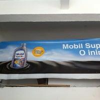 Photo taken at Marwellub - Mobil Super Troca de Óleo by Henrique H. on 12/28/2011