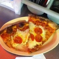 Photo taken at Petey's NY Pizza by Zakiya on 11/17/2011