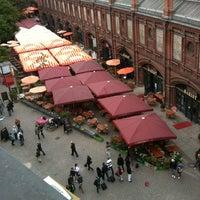 Das Foto wurde bei Hackescher Markt von Paras T. am 5/5/2012 aufgenommen