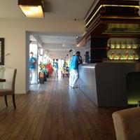 7/17/2012にNikolay K.がShore House Loungeで撮った写真