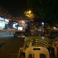Photo taken at Longkang by Ni N. on 6/17/2012