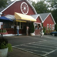 Photo taken at Wagon Wheel Country Drive-In by Penny K. on 8/25/2012