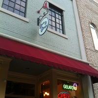 Photo taken at Sam And Greg's Pizzeria, Gelateria by Tyler P. on 4/28/2012