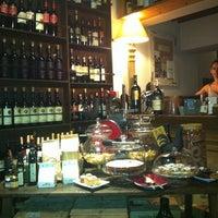 Foto scattata a Vineria Il Chianti da Anastasiya🐈 G. il 8/28/2012