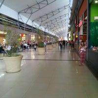 Foto tomada en La Ribera Shopping por Hugo B. el 3/25/2012