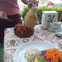 8/19/2012 tarihinde Mehmet Berzan T.ziyaretçi tarafından One Way Cafe Restaurant'de çekilen fotoğraf