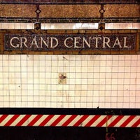 Photo taken at MTA Subway - 42nd St/Grand Central (4/5/6/7/S) by Alex on 8/30/2012