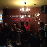 Photo taken at Thonglor Pub & Restaurant (ทองหล่อ) by Mammy D. on 7/13/2012