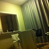 Foto tomada en Apartamentos Metropolis por Valentina C. el 8/5/2012