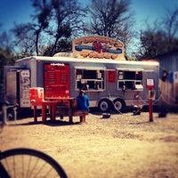 Foto tomada en Torchy's Tacos por Jonathan L. el 3/5/2012