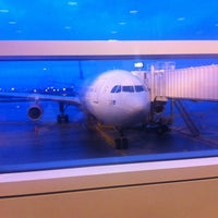 Photo taken at Gate M15 by Per Hedegaard C. on 9/2/2012