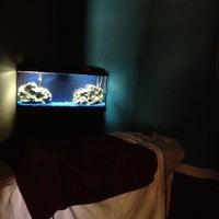 Foto tomada en Crystal Blue Health Spa por Chris G. el 4/26/2012