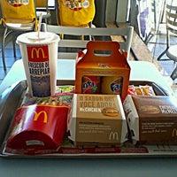 Photo taken at McDonald's by Vanessa ✨. on 2/28/2012